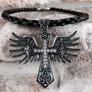 Jewelry - Horse hair necklace with pendent
